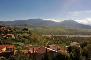 Blick in die wunderschöne Berglandschaft von Sizilien
