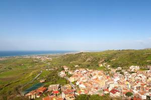 Rodi Milici liegt ca. 4 km vom Meer entfernt