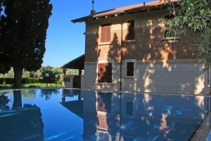 Privater Pool der Villa Le Zagare in Sizilien