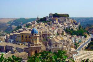 Ragusa befindet sich auf einen Hügel