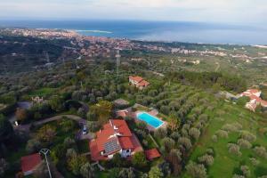 Villa in Sizilien mit Pool und Meerblick