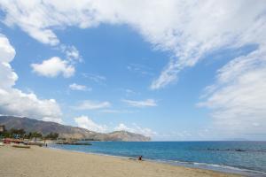 Der Strand von Sizilien nur 50 m entfernt