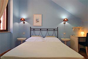 Sehr schön eingerichtettes Doppelzimmer
