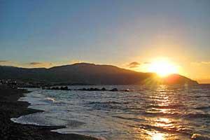 Sonnenuntergang am Strand von Mongiove
